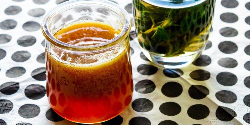 Sedmikrásky kvetou: Připravte si z nich zdravý med plný vitamínů