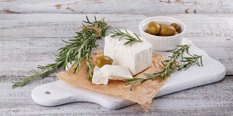 Na výborný domácí sýr vám stačí jen 5 surovin a 30 minut času